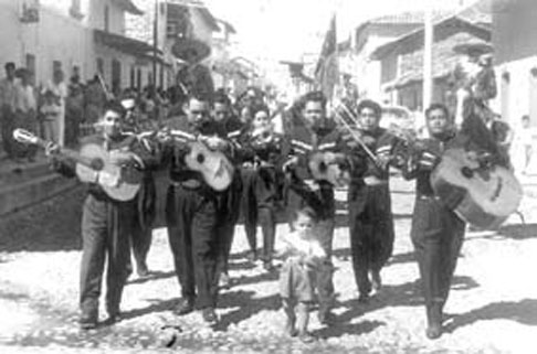 mariachi and it s history History of mariachi mariachi's more recent history the first half of the 20th century helped mariachi gain in popularity nationwide when it was associated.