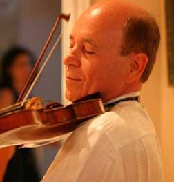 Violinist Moshe Hammer